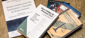 Em 19/5, APESP promoveu coquetel para lançamento de livros dos associados